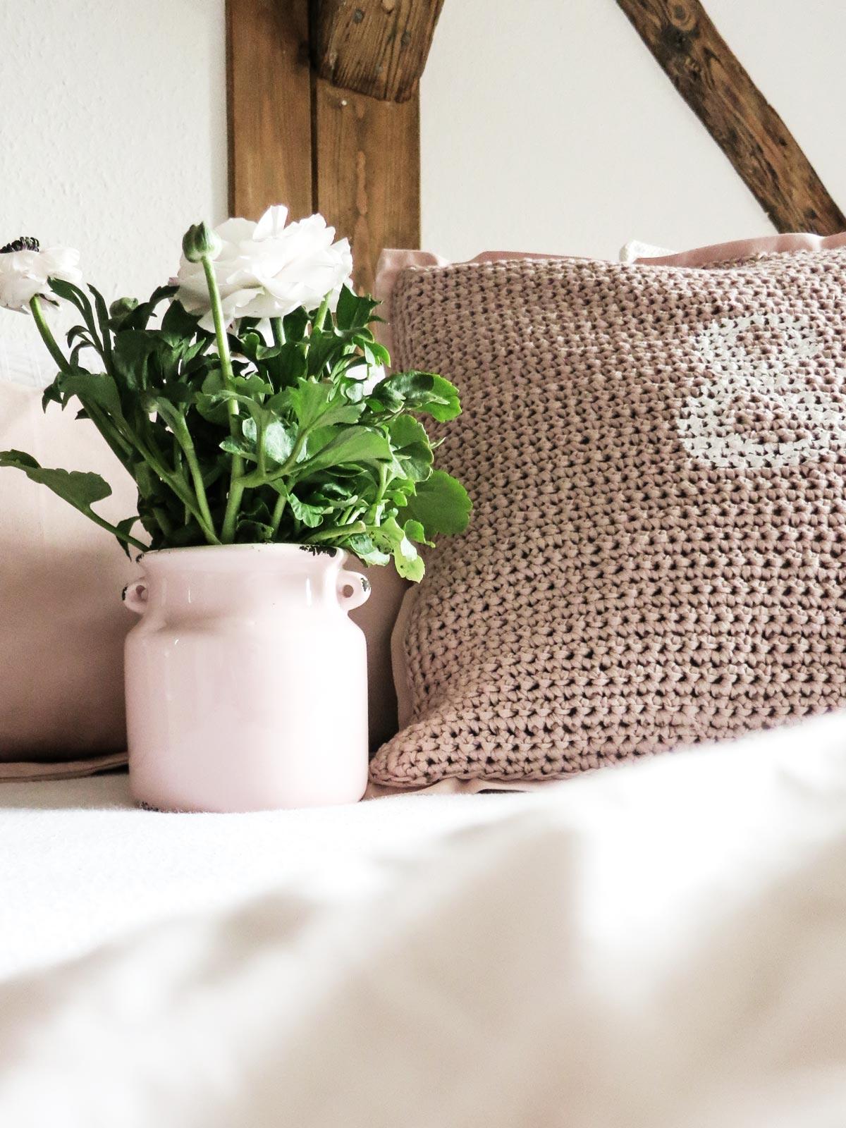 DIY | Kissen Selber Häkeln Und Kissenbezüge Mit Hotelverschluss Nähen Oder:  Der ROSA Virus