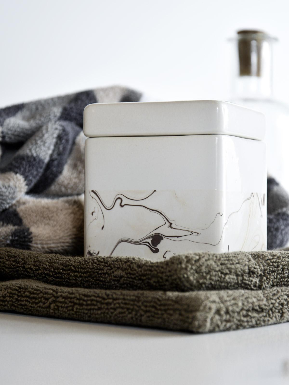 DIY | feiner Marmor-Look für das Badezimmer