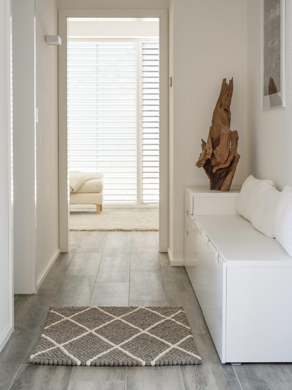 mein neuer filzkugelteppich ist eingezogen mxliving. Black Bedroom Furniture Sets. Home Design Ideas
