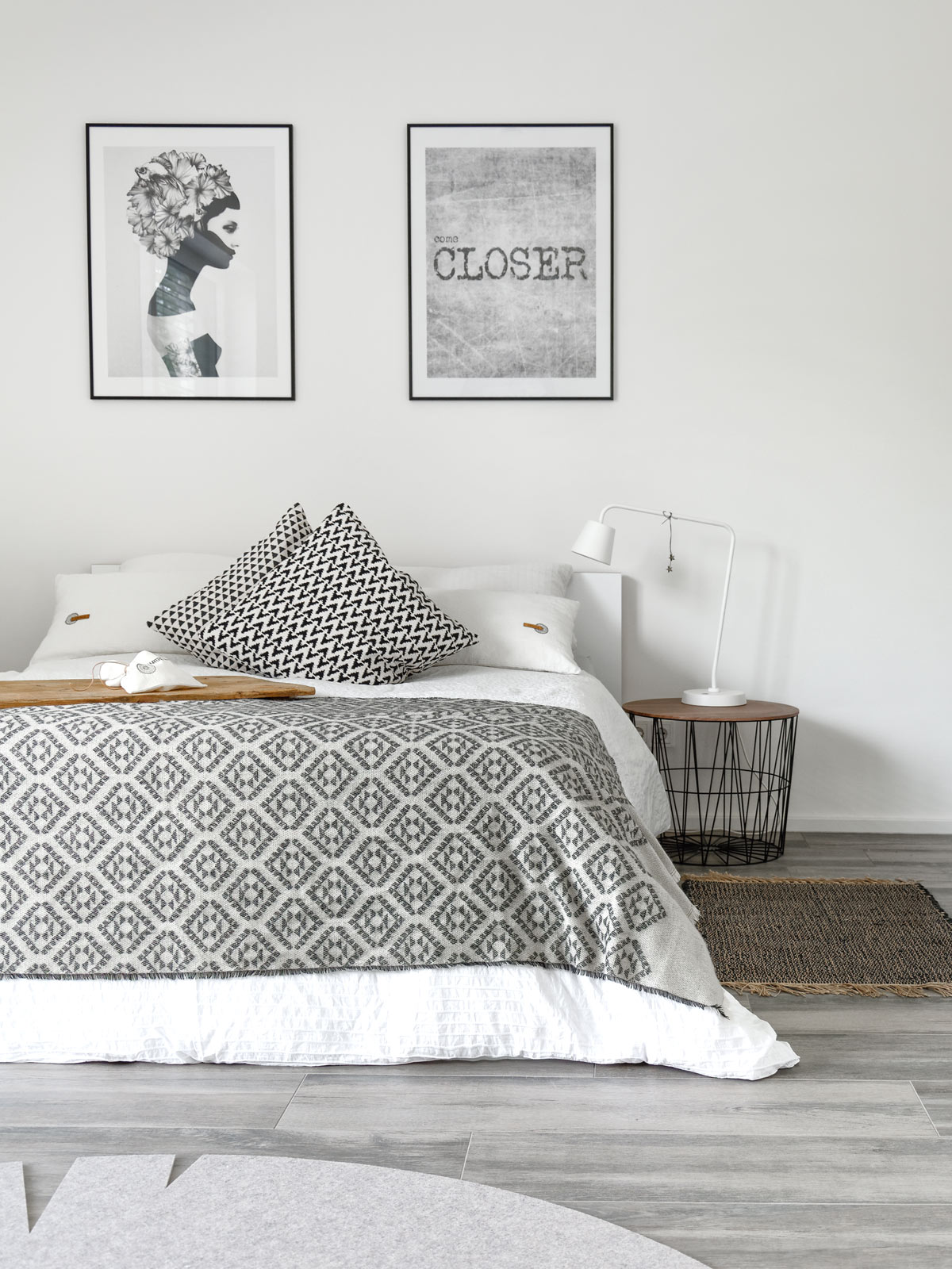 diy kissenh llen aus leinen mit ethno detail mxliving. Black Bedroom Furniture Sets. Home Design Ideas