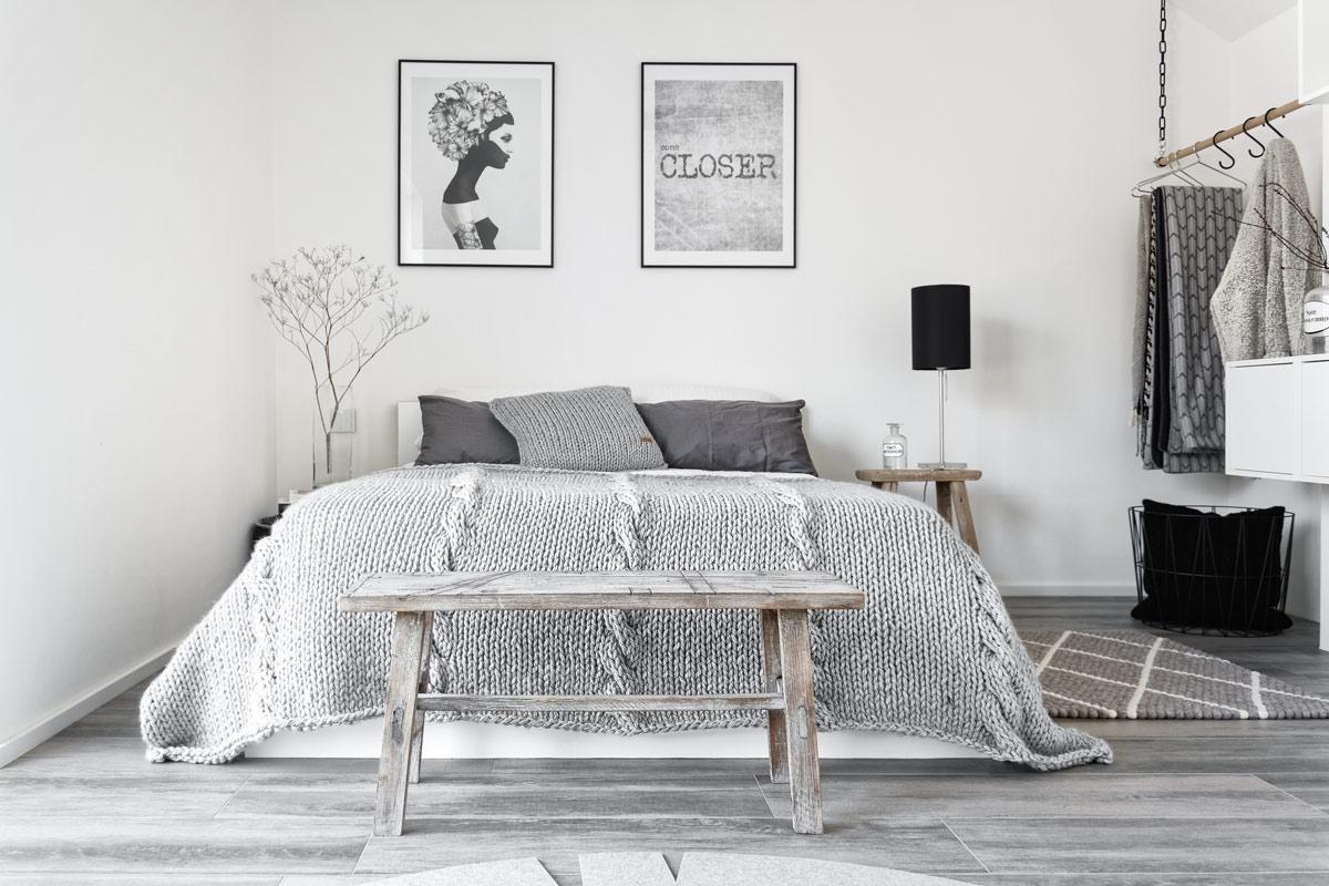 diy kuschelige decke mit dicken maschen selber stricken mxliving. Black Bedroom Furniture Sets. Home Design Ideas