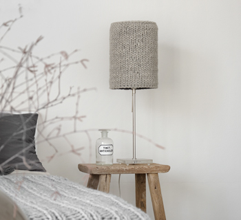 DIY | Strickidee Lampenschirm im Wollkleid