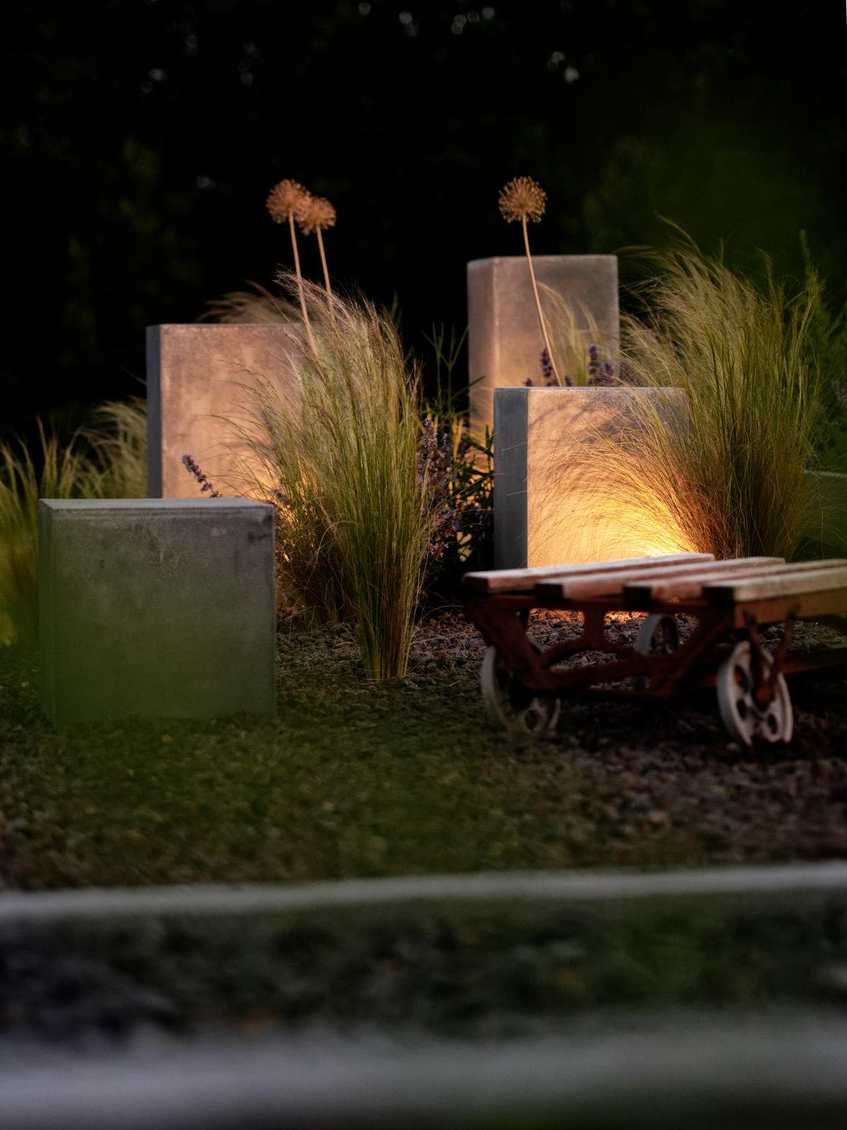 garten die neue feuerstelle und lichtkonzept im garten mxliving. Black Bedroom Furniture Sets. Home Design Ideas
